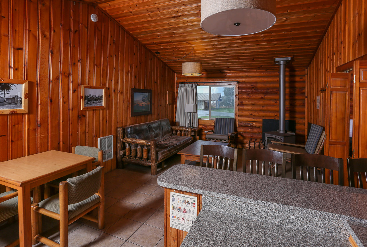 Our Duplex Kalaloch cabins are some of the largest units on property, sleeping up to 6 people!
