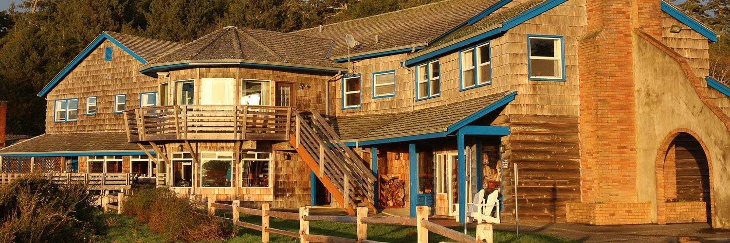 Kalaloch Lodge at sunset.