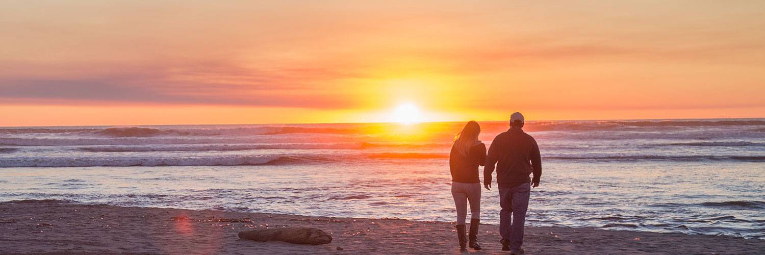 Enjoy a breathtaking sunset along the Pacific Ocean at Kalaloch Lodge, located in Forks, WA