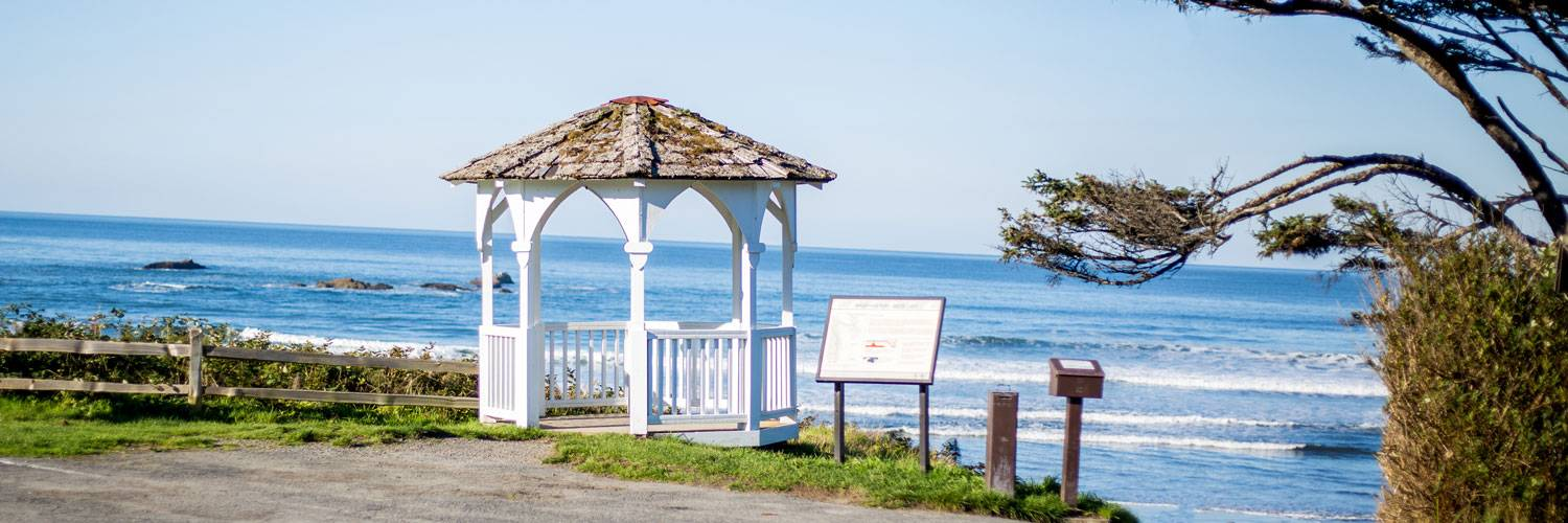 Host intimate weddings at Kalaloch Lodge at the gazebo overlooking the ocean.