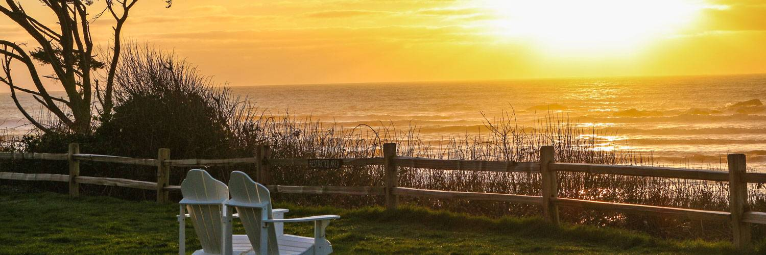 Soak up a sunset at Kalaloch Lodge with the Go Green Package.