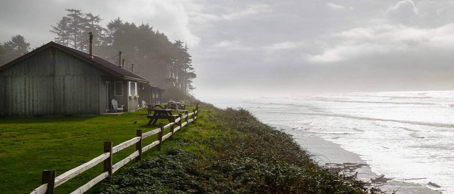 Cabins at Kalaloch Lodge overlook a bluff