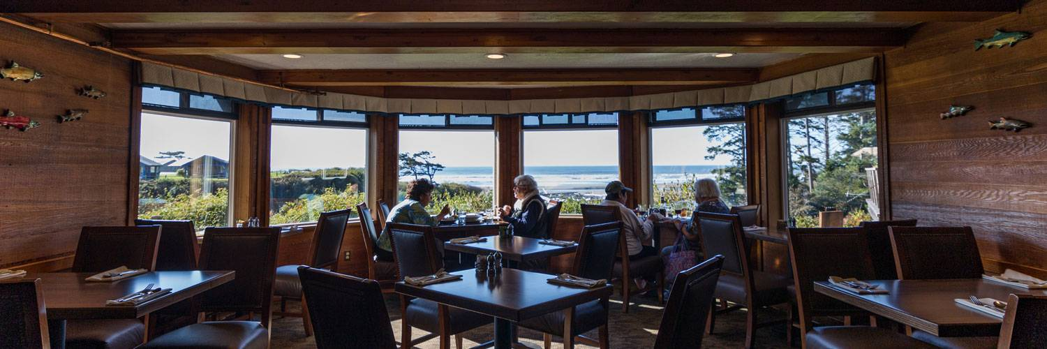 Creekside Restaurant at Kalaloch Lodge serves locally-sourced sustainable meals in a comfortable dining room with magnificent ocean views.