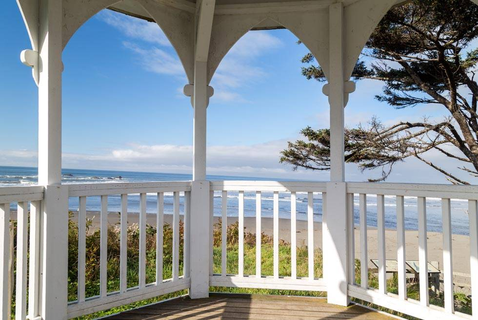 Catch a Kalaloch Lodge sunset at the gazebo on the bluff overlooking the ocean.