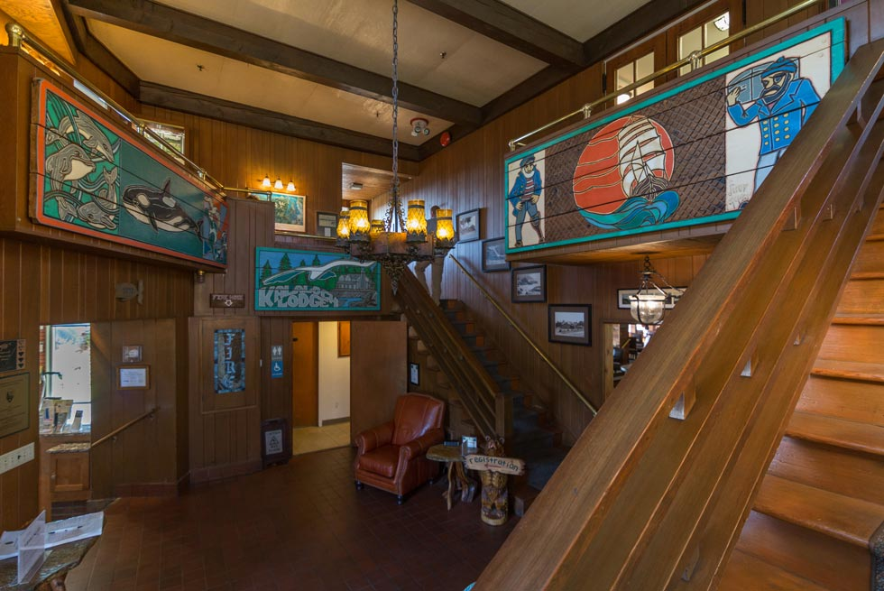 Kalaloch Lodge's interior is artfully decorated with ocean themes.