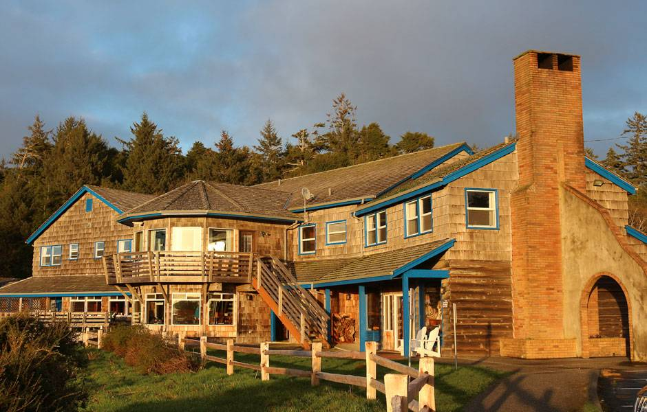 Kalaloch Lodge in Olympic National Park glows with the golden light of sunset.
